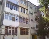 Satılır 2 otaqlı 60 m2 köhnə tikili Qara Qarayev m.